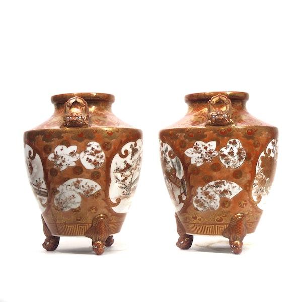 Pair Japanese kutani vases - image 2