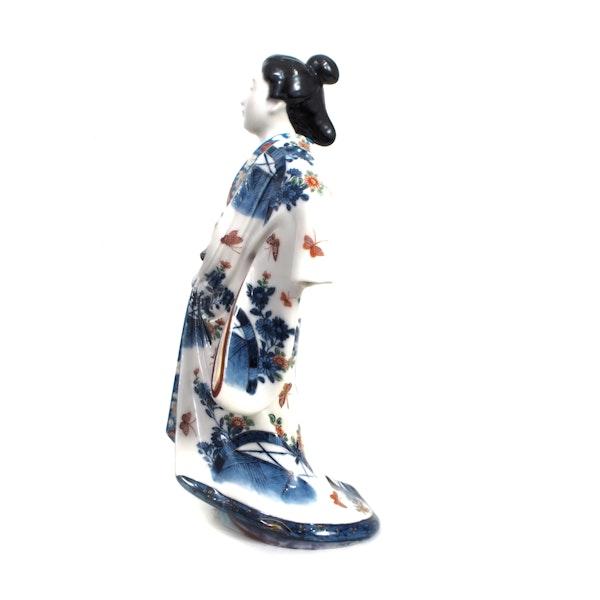 Japanese porcelain figure of a Bijin lady - image 4