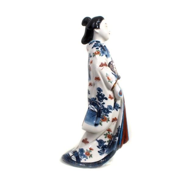 Japanese porcelain figure of a Bijin lady - image 2