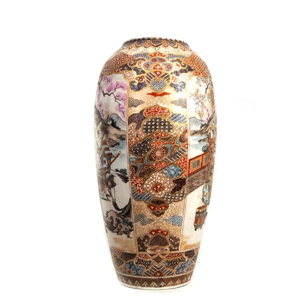 Japanese satsuma vase with Samurai - image 2