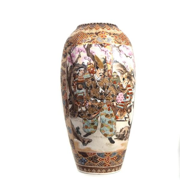 Japanese satsuma vase with Samurai - image 3
