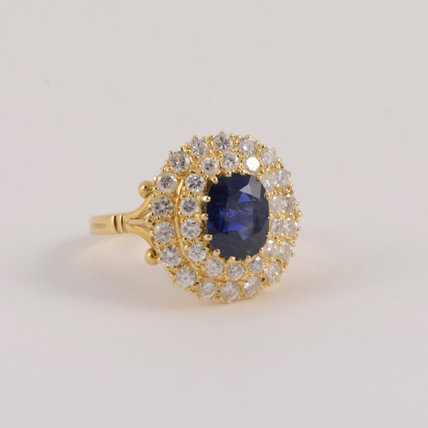 Sapphire Diamond Ring in 18ct Gold date circa1960 SHAPIRO & Co since1979 - image 2