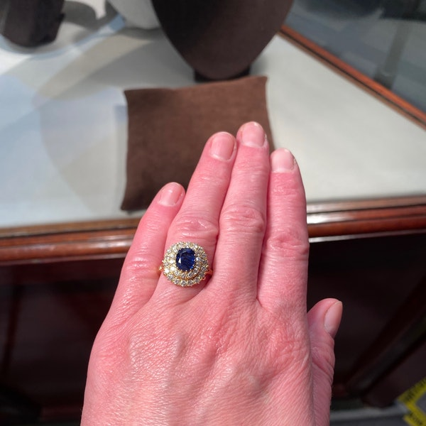 Sapphire Diamond Ring in 18ct Gold date circa1960 SHAPIRO & Co since1979 - image 6