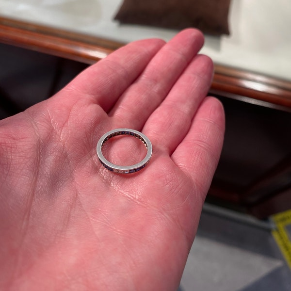 Sapphire Diamond Eternity Ring in 18ct White Gold date circa1970 SHAPIRO & Co since1979 - image 4
