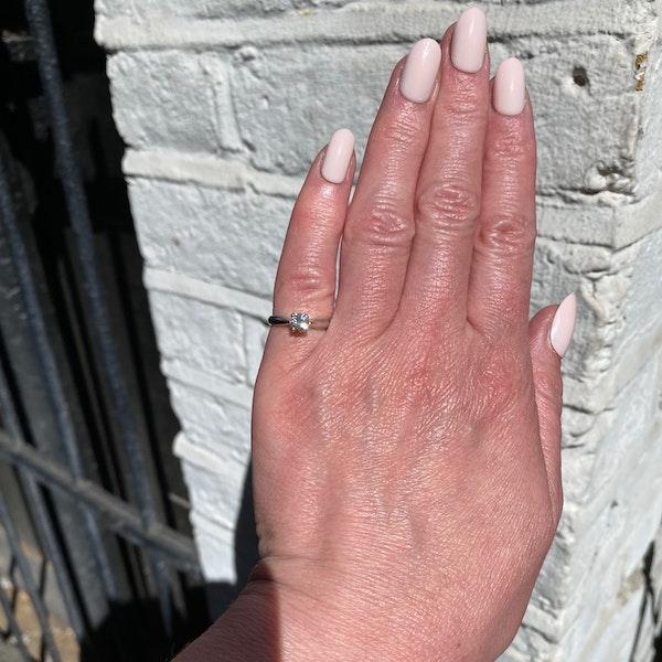 Solitaire Diamond Ring in Platinum Diamond 0.50ct date circa1970 SHAPIRO & Co since1979 - image 2