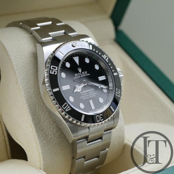 Rolex Submariner No Date 124060 41mm - image 4