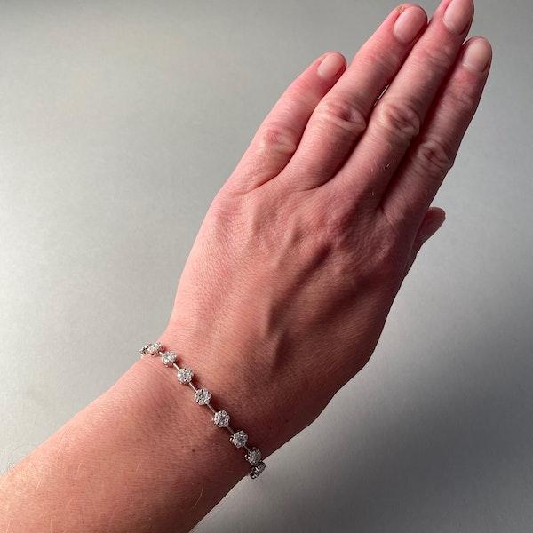 Diamond Bracelet in 18ct White Gold date circa1960  SHAPIRO & Co since1979 - image 4