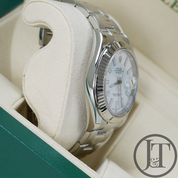 Rolex Datejust II 41mm 116334 White Dial Oyster - image 4