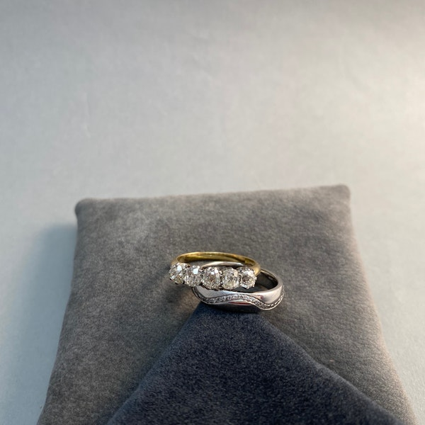 Wedding Band in 18ct White Gold & Diamonds date circa 2015 SHAPIRO & Co since1979 - image 5