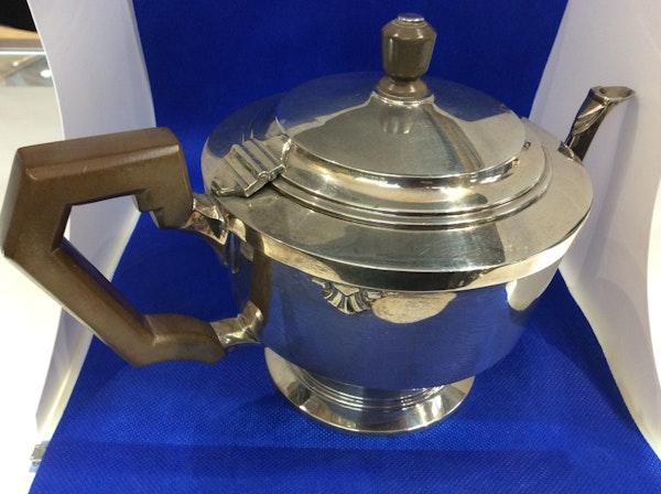 A silver Art Deco teapot - image 1