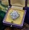 A very fine Art Deco Diamond Dress Ring mounted in Platinum and 14ct Gold, Circa 1930 - image 3