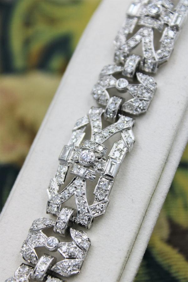 """An exquisite Diamond Art Deco """"Plaque"""" Bracelet set in Platinum, Circa 1930. - image 2"""