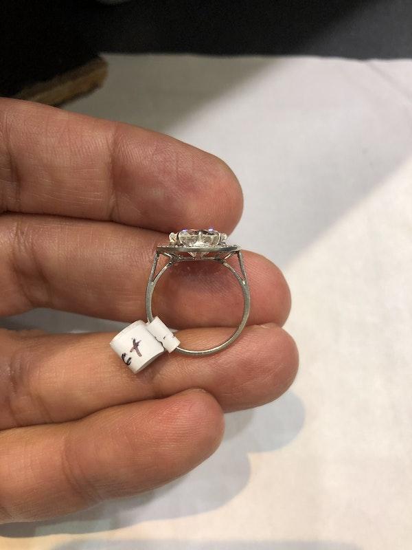 2.57 ct French Art Deco Diamond platinum ring - image 5