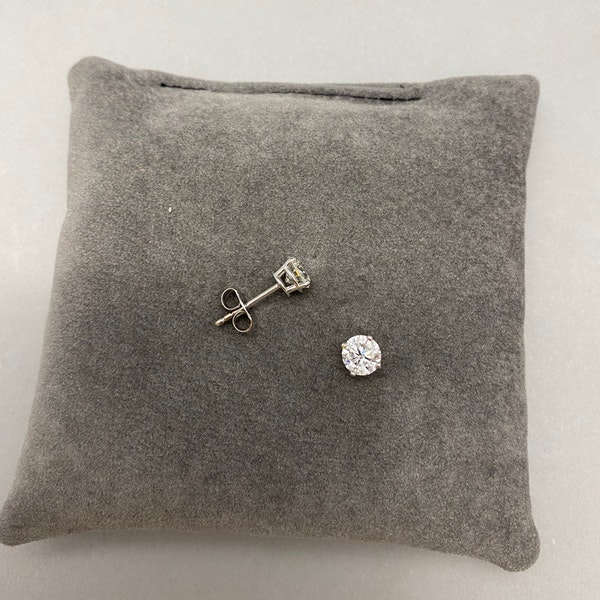Diamond Studs Earrings in 18ct White Gold 1.30ct total weight date circa 1960 SHAPIRO & Co since1979 - image 4
