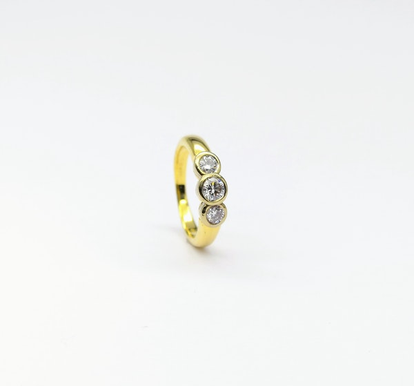 18ct Collet  Set 3 Stone Diamond Ring - image 1