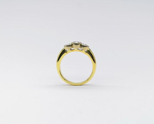 18ct Collet  Set 3 Stone Diamond Ring - image 3