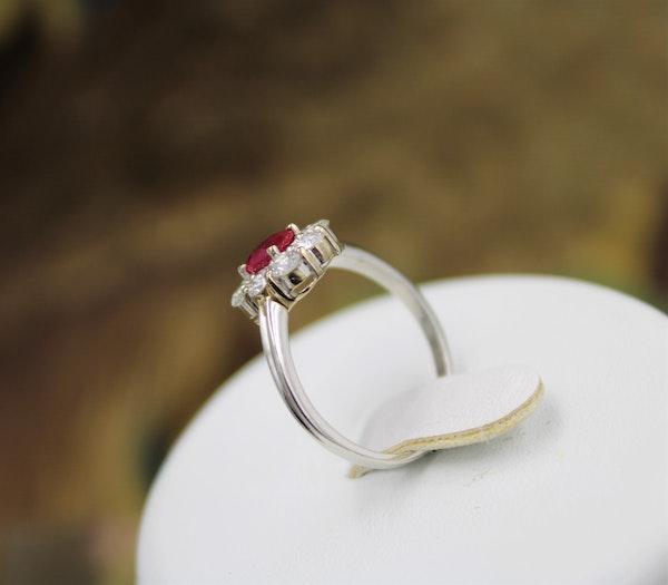A very fine Vintage Ruby & Diamond Cluster Ring, Circa 1990 - image 3