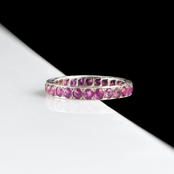 An Art Deco Burma Ruby Eternity Ring - image 4