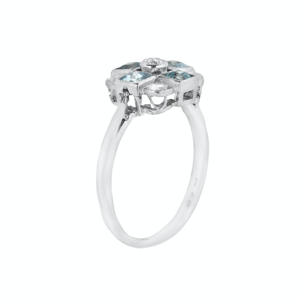 An Aquamarine Diamond ring - image 2
