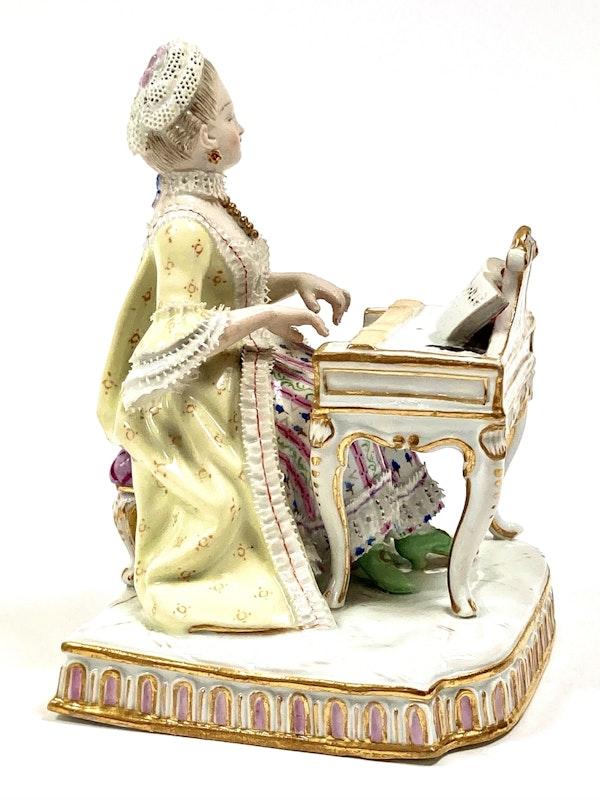 """Meissen figure of """"Sound"""" - image 3"""