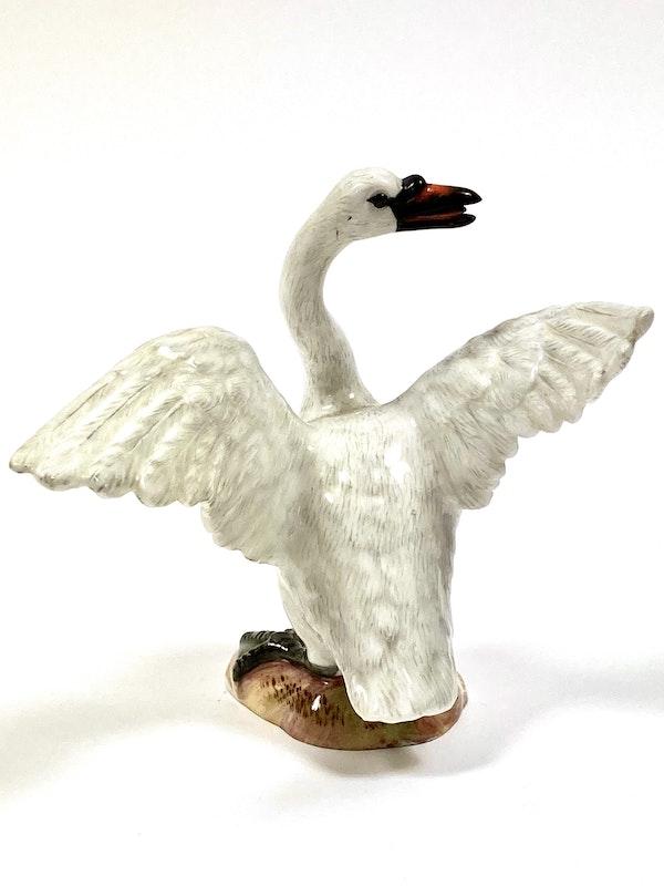 Pair of Meissen swans - image 8