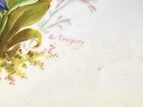 Pair of signed Royal Crown Derby dishes - image 7
