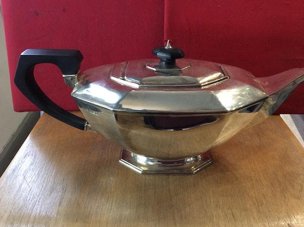 A silver Art Deco tea set - image 2