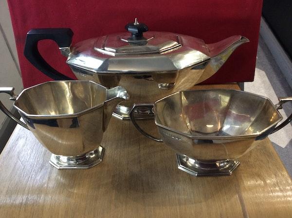 A silver Art Deco tea set - image 4