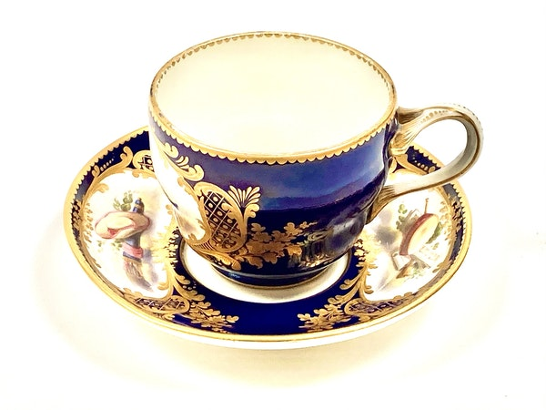 Pair of Sèvres style cups and saucers - image 7