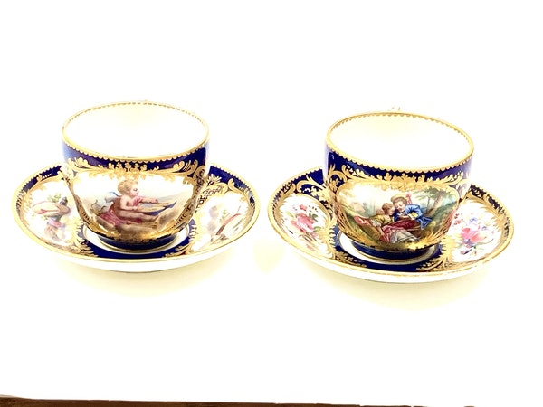 Pair of Sèvres style cups and saucers - image 2