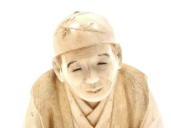 Okimono of an artisan - image 6