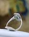 A very fine oblong Emerald & Diamond Ring set in Platinum, English, Circa 1930 - image 3