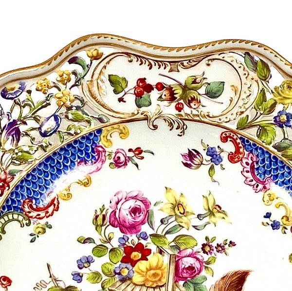 Pair of reticulated 19th century Meissen plates - image 6