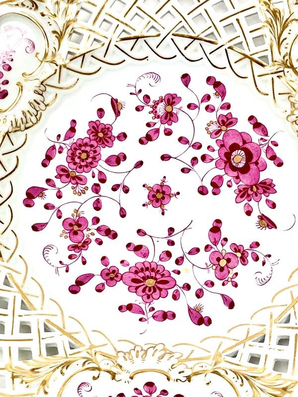 Reticulated Meissen Indian Purple plates - image 2