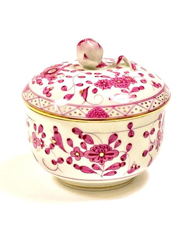 Meissen coffee pot, milk jug and sugar box - image 5