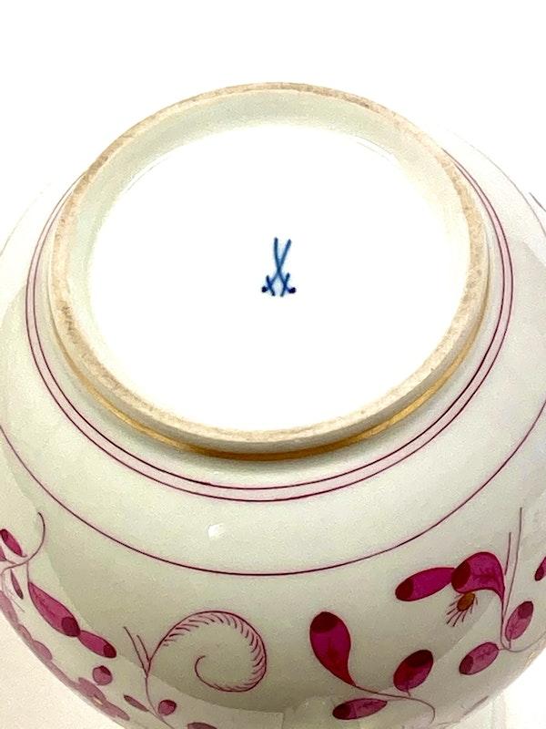 Meissen coffee pot, milk jug and sugar box - image 3
