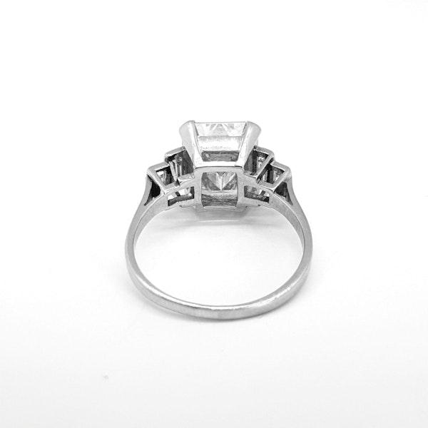 Original Art Deco Emerald Ring in Platinum - image 3