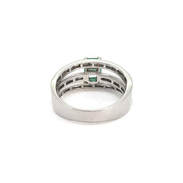 Emerald and Diamond ring - image 2