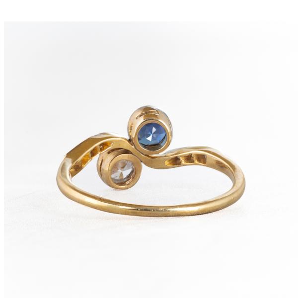 A Sapphire Diamond Toi et Moi Ring - image 2