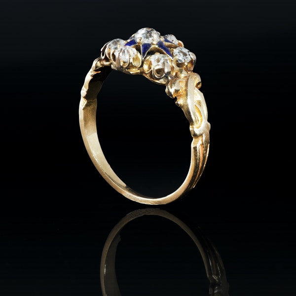 A seven stone Diamond Cluster ring - image 2
