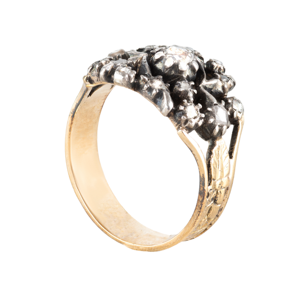 An Antique Gold Diamond ring - image 2
