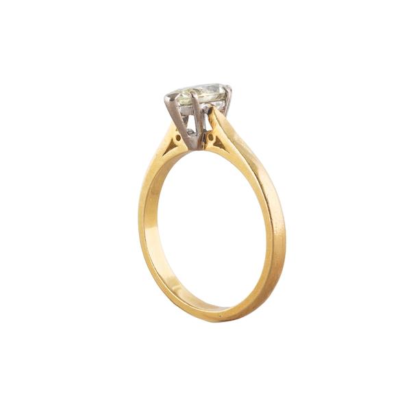A Diamond Gold ring - image 2