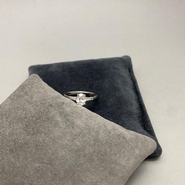 Diamond Ring in Platinum Oval Cut Diamond 0.70ct date London 2006 SHAPIRO & Co since1979 - image 5