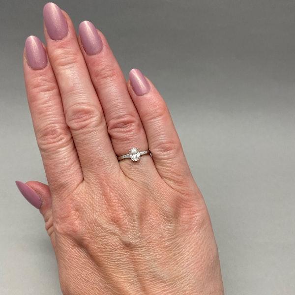 Diamond Ring in Platinum Oval Cut Diamond 0.70ct date London 2006 SHAPIRO & Co since1979 - image 2