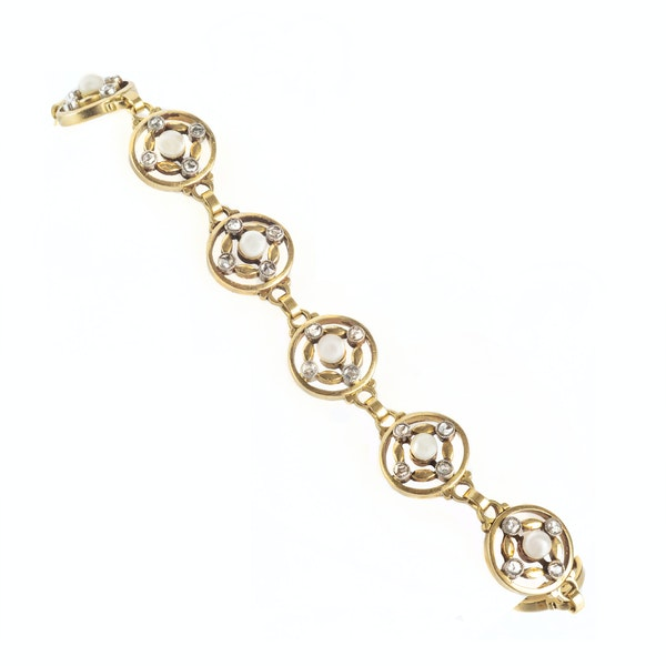A French Diamond and Pearl Gold Bracelet - image 2