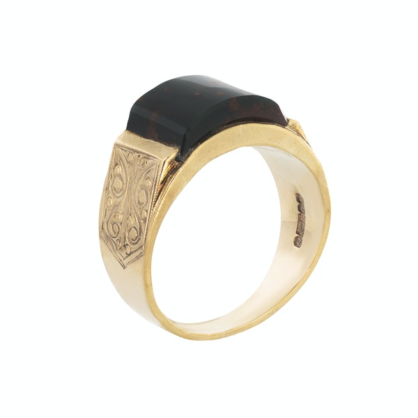 A Gold Bloodstone Ring - image 2