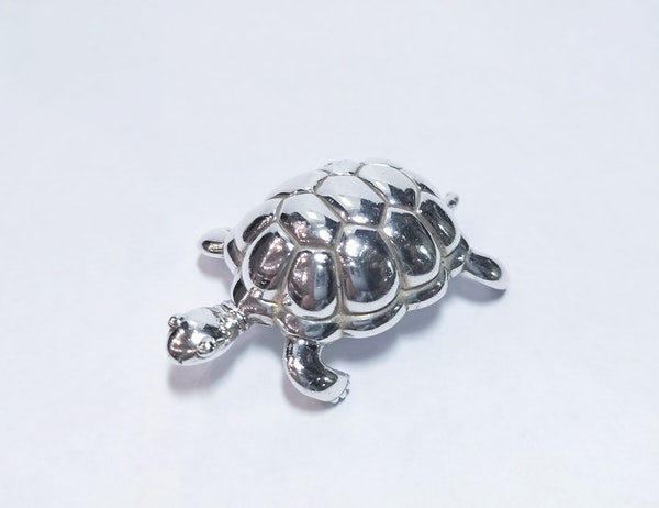 Tiffany and Co silver paperweight in the form of a tortoise - image 1