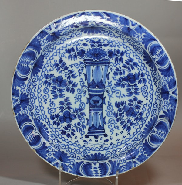 Dutch Delft blue and white plate, 18th century - image 1