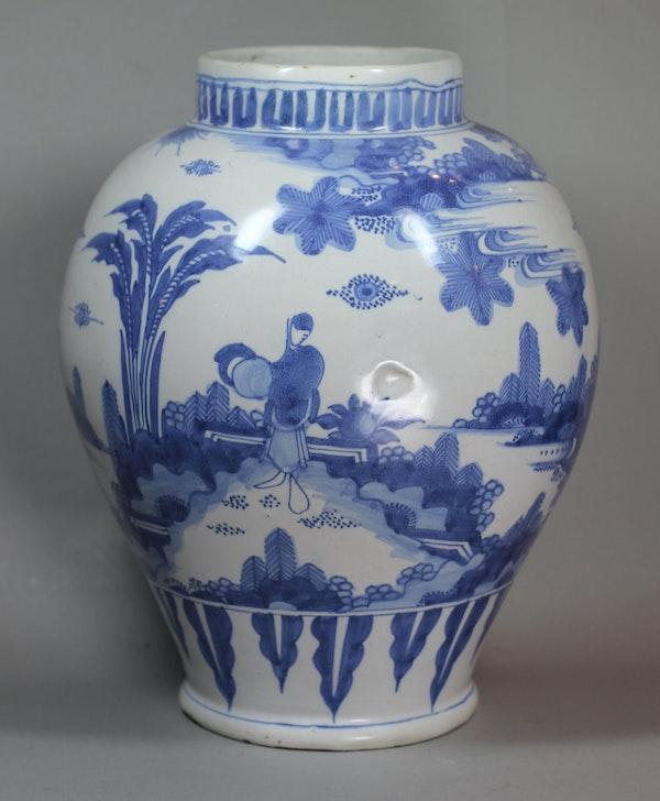 Frankfurt blue and white vase, 18th century - image 6