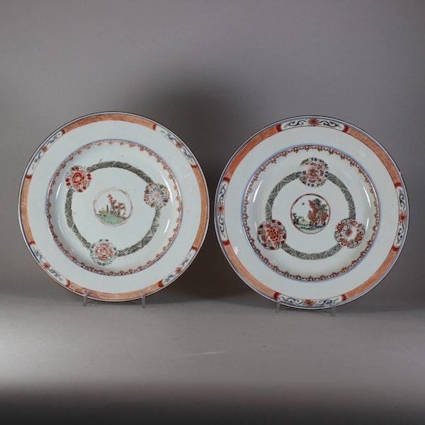 Pair of Chinese famille verte plates, Kangxi (1662-1722), c.1720 - image 1